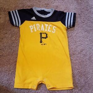 24 mo Adidas Pittsburgh Pirates Romper